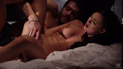 Красивый ночной секс парочки с оральными ласками и нежными стонами удовольствия №4