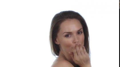 Девушка самостоятельно трахает себя самотыком во влажную дырочку №2